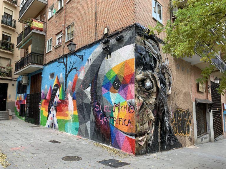 Si el mono se gentrifica street art madrid lavapies espagne