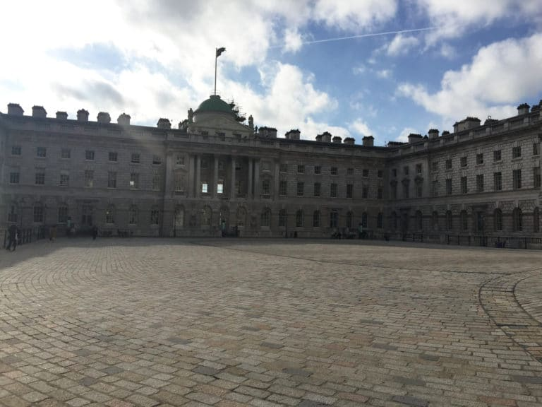 Sommerset-house-honor-court-london-uk