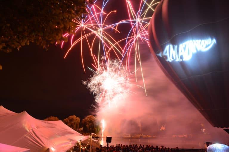 amazonland-plage-lys-chantilly-wato-evenementiel-fete-festival-feu-artifice-gobo-montgolfière-tente