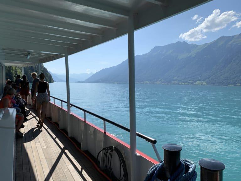 bateau croisiere lac de brienz alpes suisses reperage