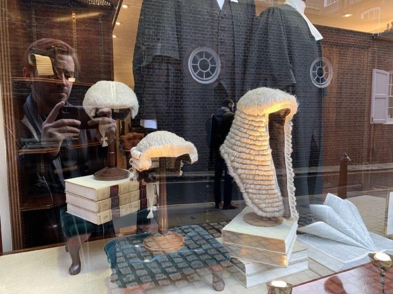 boutique perruques avocats londres