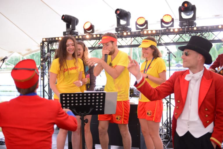 concours-de-beatbox-foulques-jubert-groom-fun-amazonland-evenment-festif-evenement-sur-mesure-plage-de-lys-chantilly-ancienne-station-balneaire-amazonland-amazon-agence-wato-we-are-the-oracle
