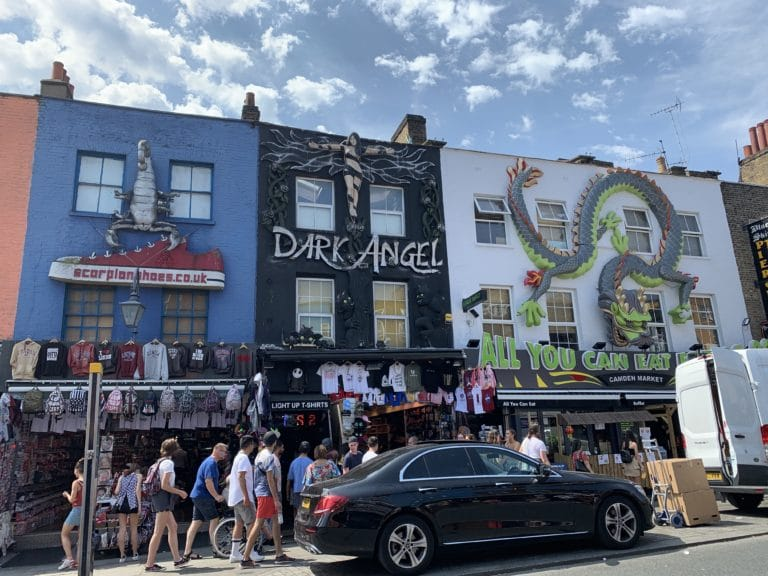 dark angel Camden town decoration facade immeubles londres royaume uni