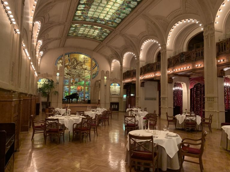 hotel belmond salle de bal chasse de lieux saint petersbourg russie