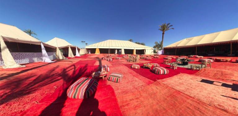 tentes-tapis-campement-lieu-evenementiel-palmeraie-de-marrakech-maroc