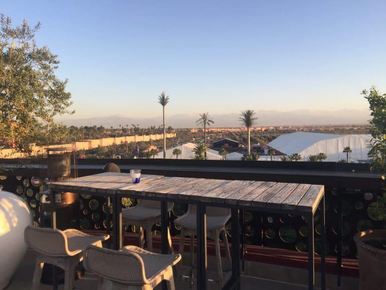 vue spectaculaire atlas lieu evenementiel rooftop the pearl marrakech maroc