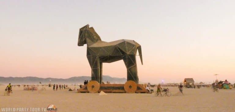 cheval de troie burning man 2011 world party tour