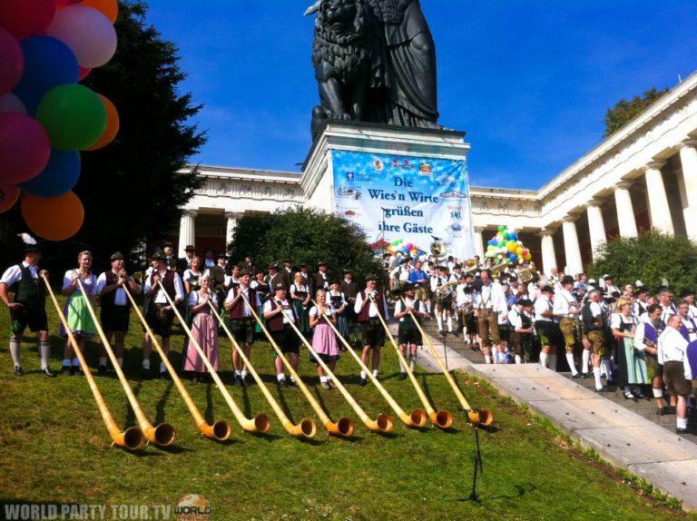 concert cor des alpes oktoberfest munich 2011 world party tour