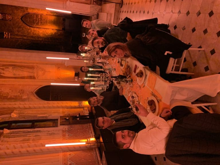 diner leboncoin wato we are the oracle evenementiel soiree nice chateau bellet table