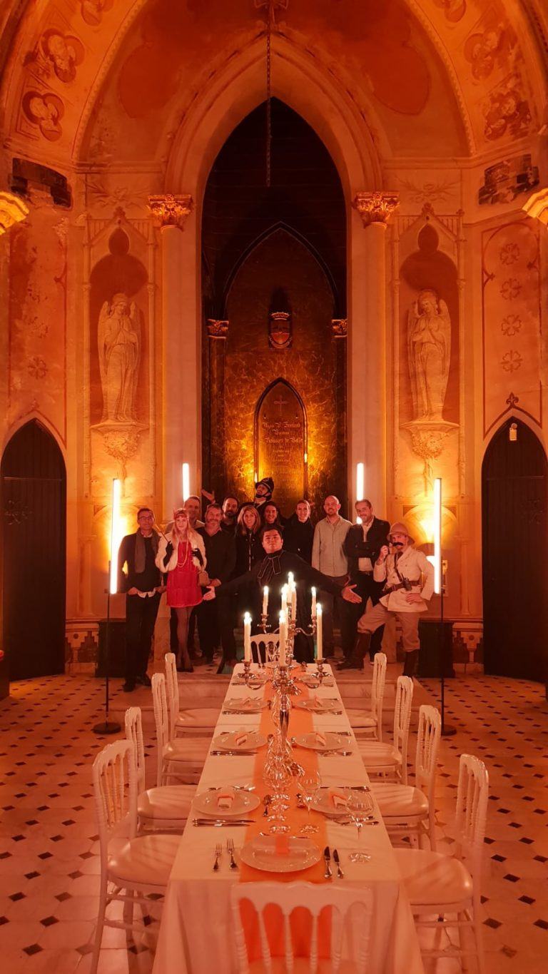 diner leboncoin wato we are the oracle evenementiel soiree nice chateau bellet table photo de famille