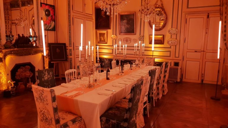 diner leboncoin wato we are the oracle evenementiel soiree rennes chateau boschet table light ax1 scenographie