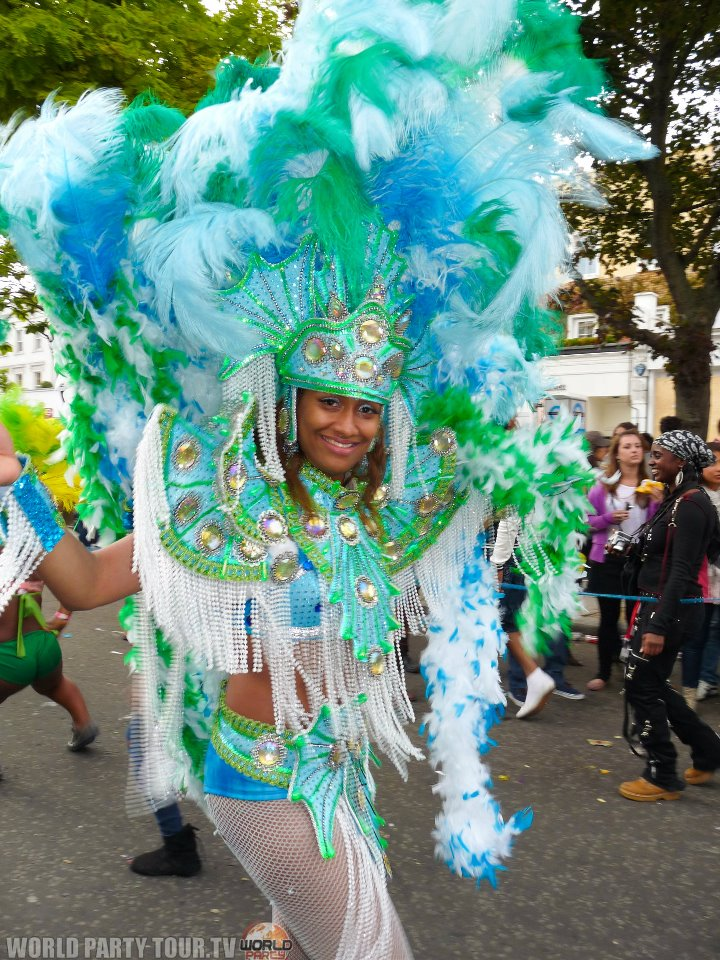 femme costume exotique nothing hill carnival 2011 world party tour