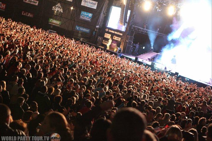 francofolies 2011 spa main stage world party tour