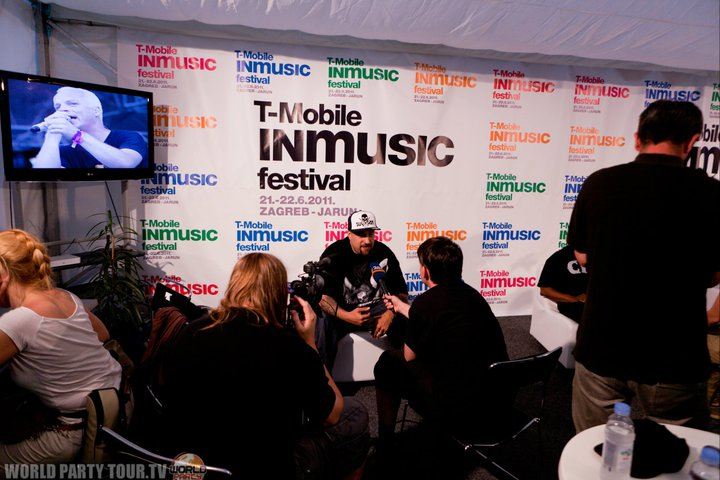 in music festival 2011 press room world party tour