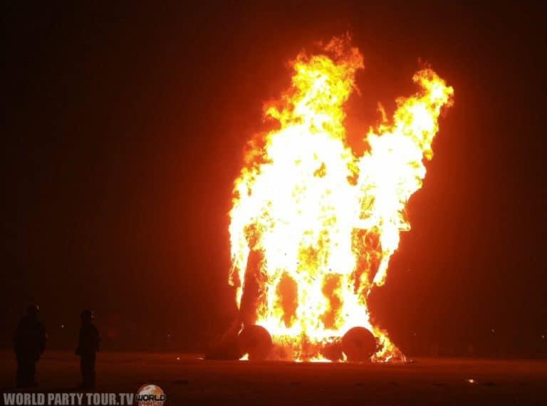 incendie du cheval de troie burning man 2011