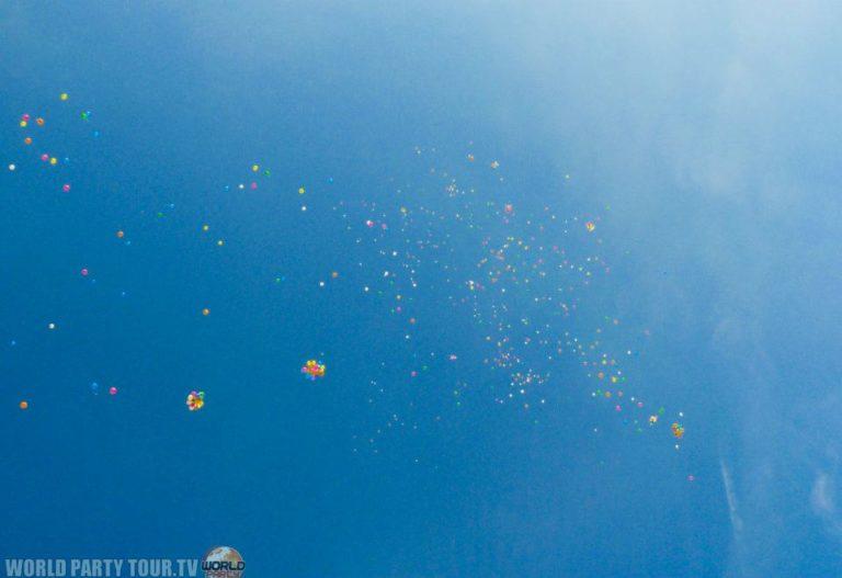 lacher de ballons oktoberfest 2011 world party tour
