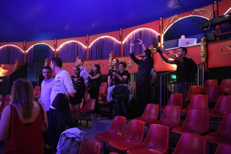 leboncoin-circus-cirque-bormann-wato-we-are-the-oracle-paris-arrivee-invites.jpg
