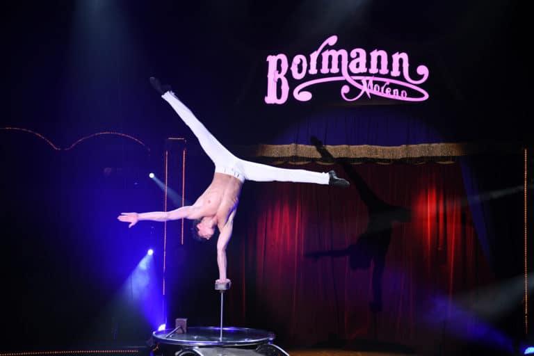 leboncoin-circus-cirque-bormann-wato-we-are-the-oracle-paris-numero-equilibriste.jpg